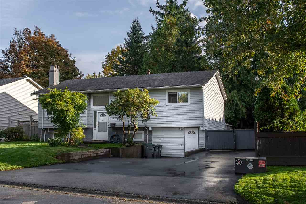 Main Photo: 18162 61B Avenue in Surrey: Cloverdale BC House for sale (Cloverdale)  : MLS®# R2509695