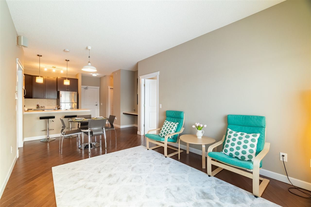 Main Photo: 412 3715 WHITELAW Lane in Edmonton: Zone 56 Condo for sale : MLS®# E4220548