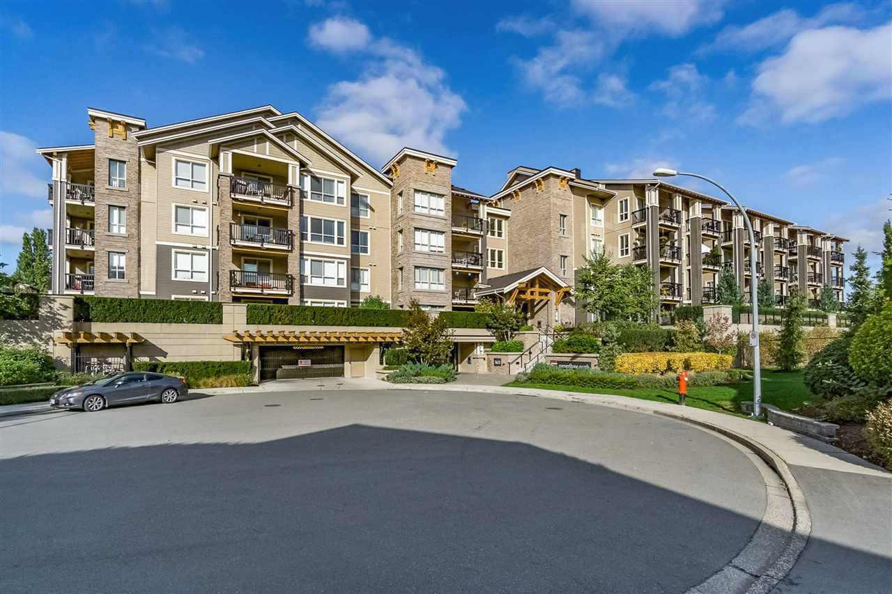"Main Photo: 311 5655 210A Street in Langley: Salmon River Condo for sale in ""Cornerstone North"" : MLS®# R2442197"