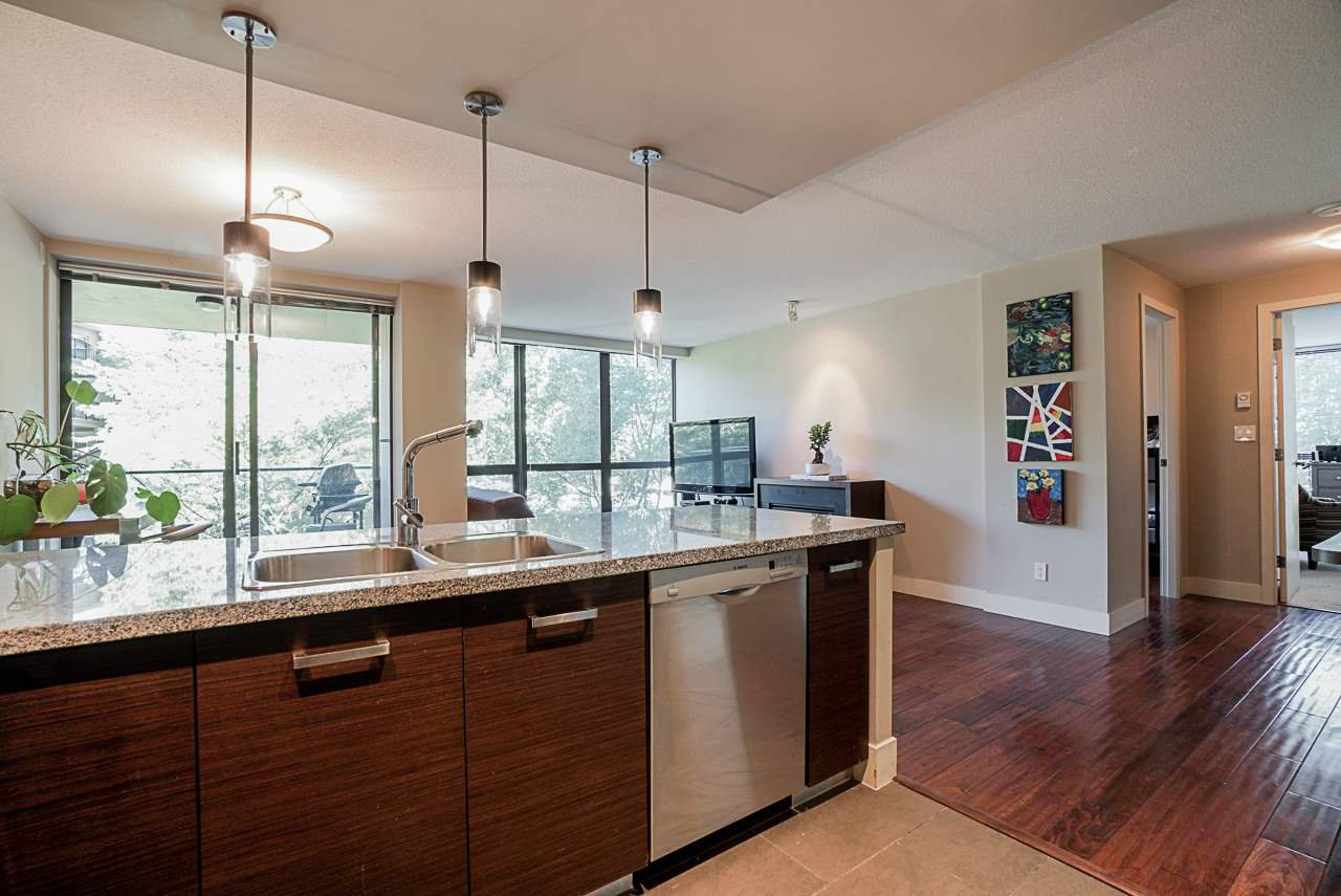"""Main Photo: 202 2959 GLEN Drive in Coquitlam: North Coquitlam Condo for sale in """"THE PARC"""" : MLS®# R2482911"""