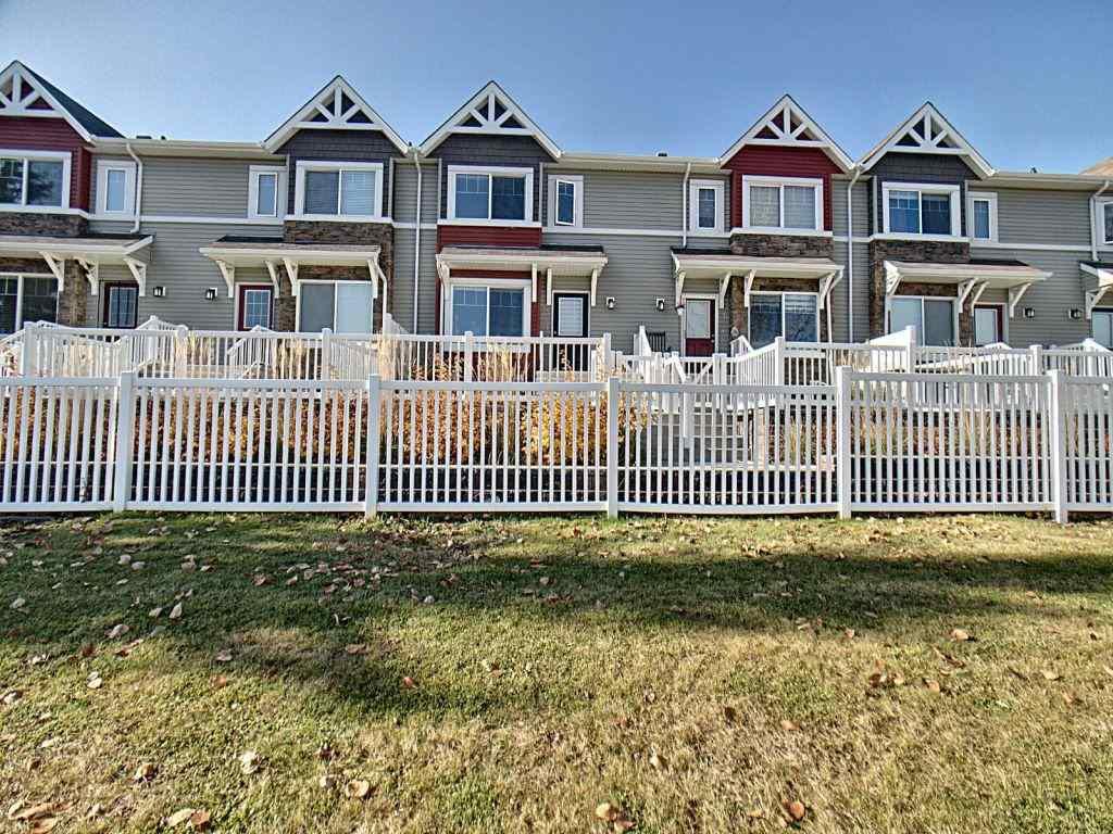 Main Photo: 25 14621 121 Street in Edmonton: Zone 27 Townhouse for sale : MLS®# E4179148