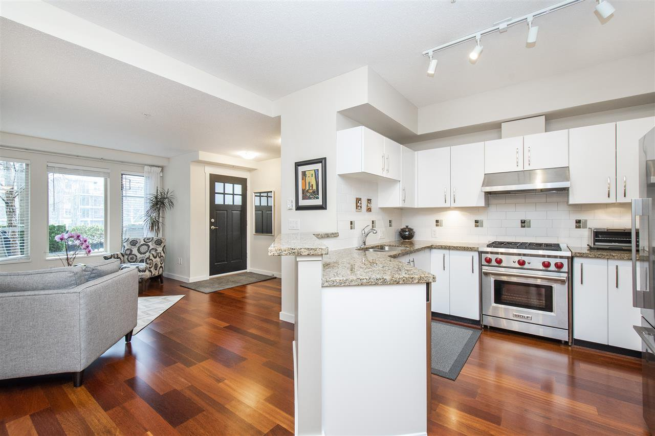 """Photo 7: Photos: 6246 LOGAN Lane in Vancouver: University VW Townhouse for sale in """"HAWTHORN PLACE"""" (Vancouver West)  : MLS®# R2434211"""