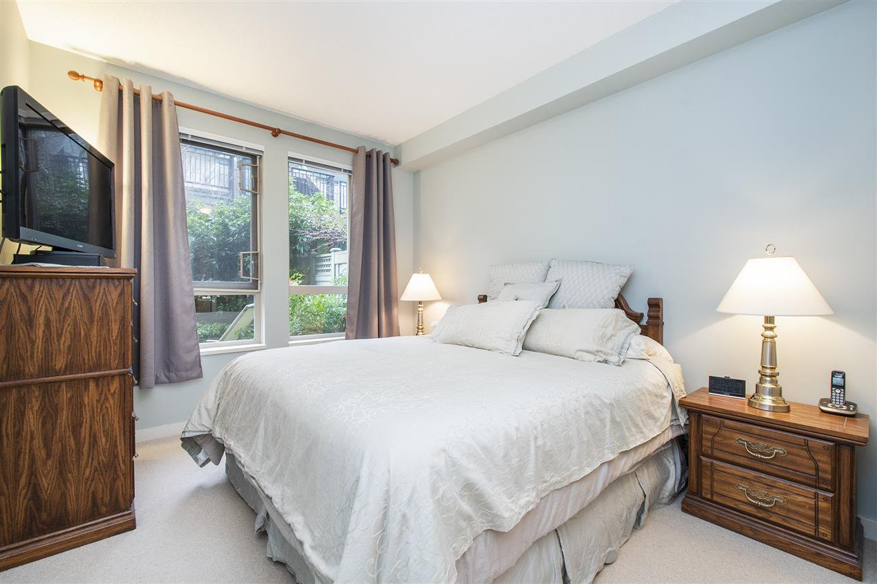 """Photo 11: Photos: 6246 LOGAN Lane in Vancouver: University VW Townhouse for sale in """"HAWTHORN PLACE"""" (Vancouver West)  : MLS®# R2434211"""