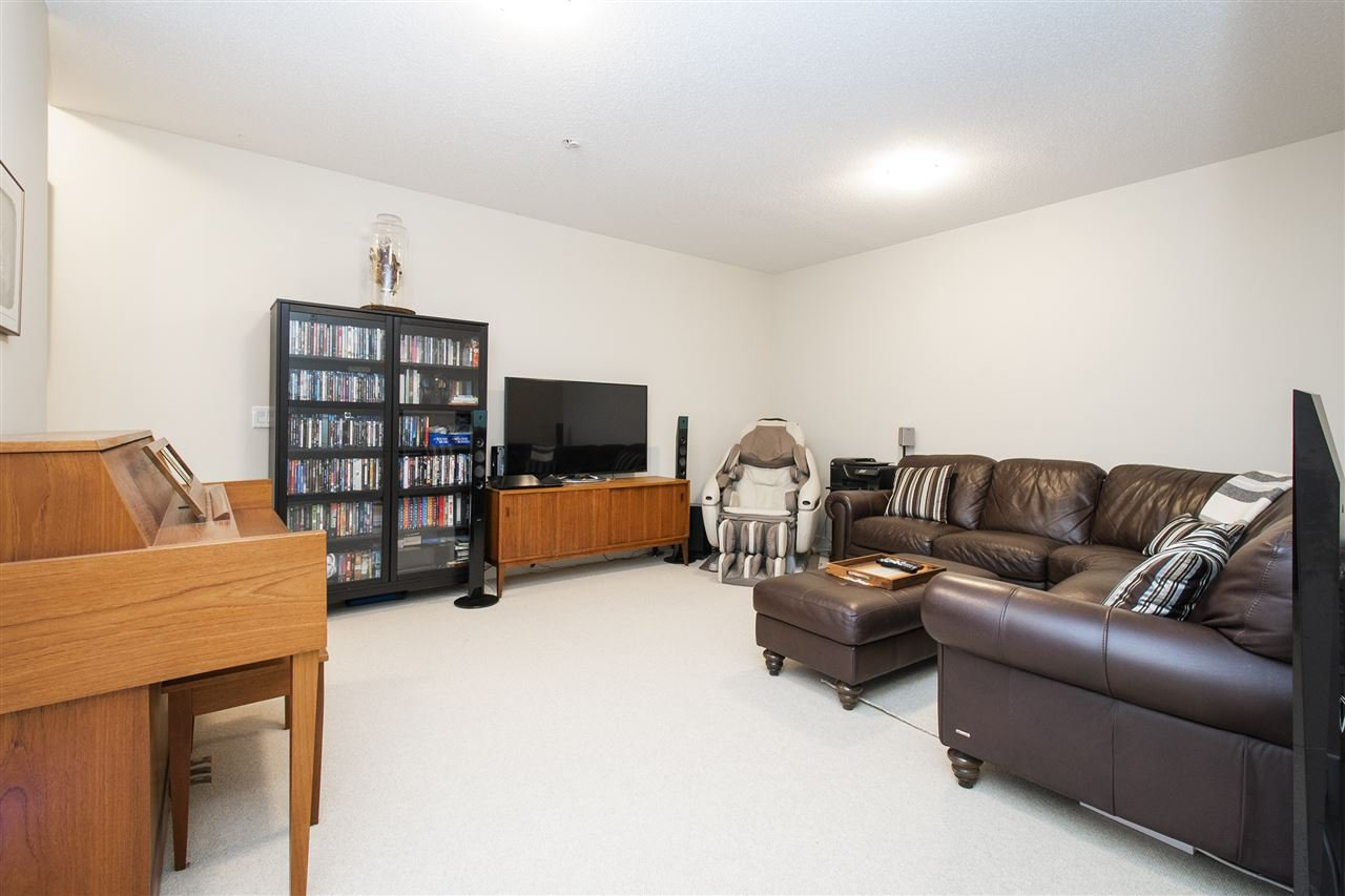 """Photo 14: Photos: 6246 LOGAN Lane in Vancouver: University VW Townhouse for sale in """"HAWTHORN PLACE"""" (Vancouver West)  : MLS®# R2434211"""