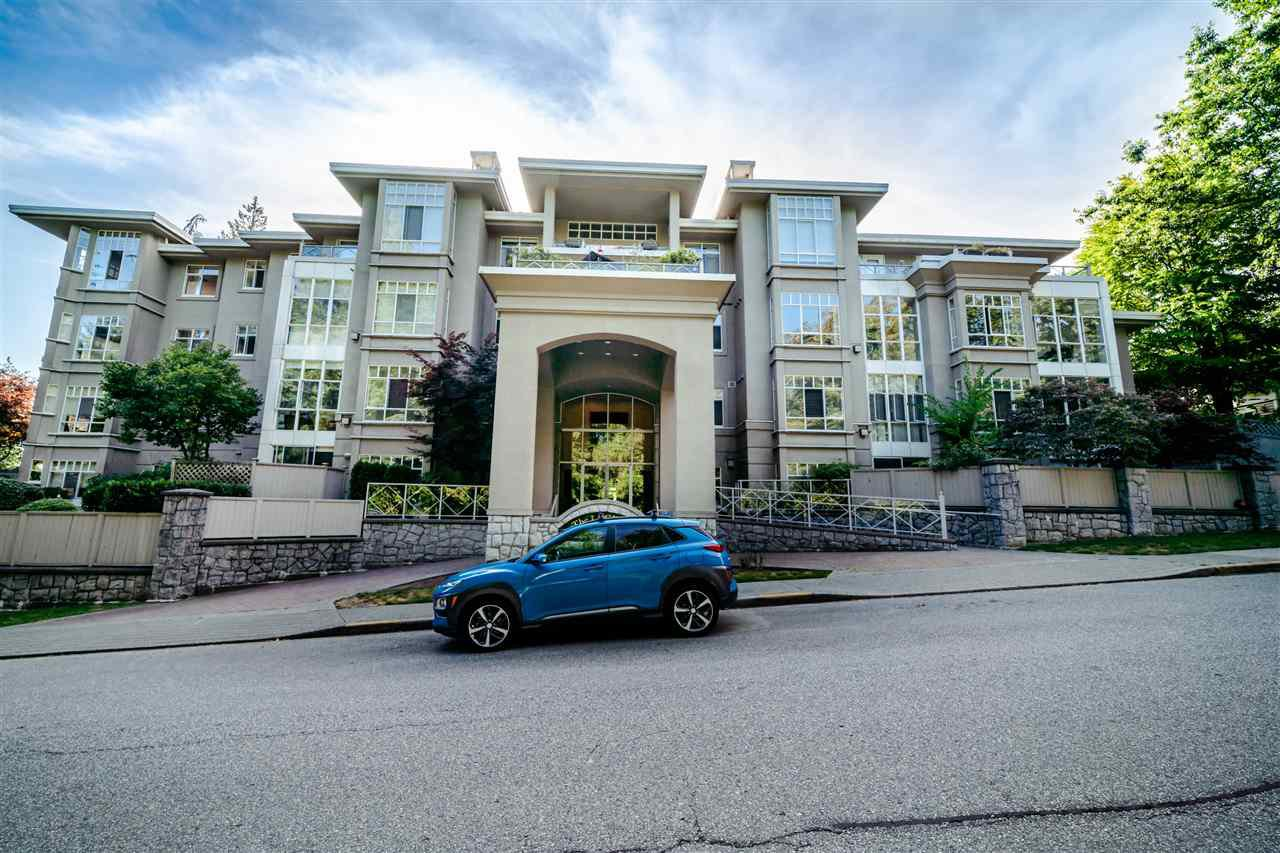 "Main Photo: 303 630 ROCHE POINT Drive in North Vancouver: Roche Point Condo for sale in ""The Ledgends"" : MLS®# R2488888"