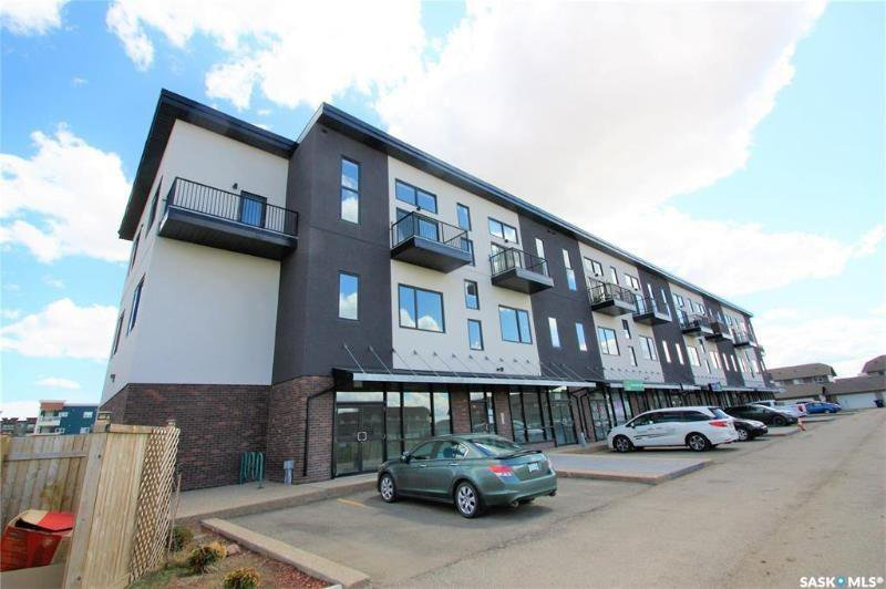 Main Photo: 204 419 Willowgrove Square in Saskatoon: Willowgrove Commercial for sale : MLS®# SK827093