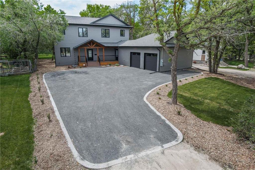 Main Photo: 4212 Roblin Boulevard in Winnipeg: Charleswood Residential for sale (1G)  : MLS®# 202023907