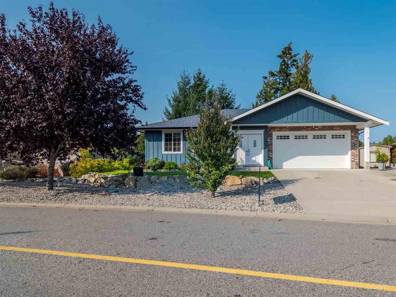 Main Photo: 5763 TURNSTONE Drive in Sechelt: Sechelt District House for sale (Sunshine Coast)  : MLS®# R2503935