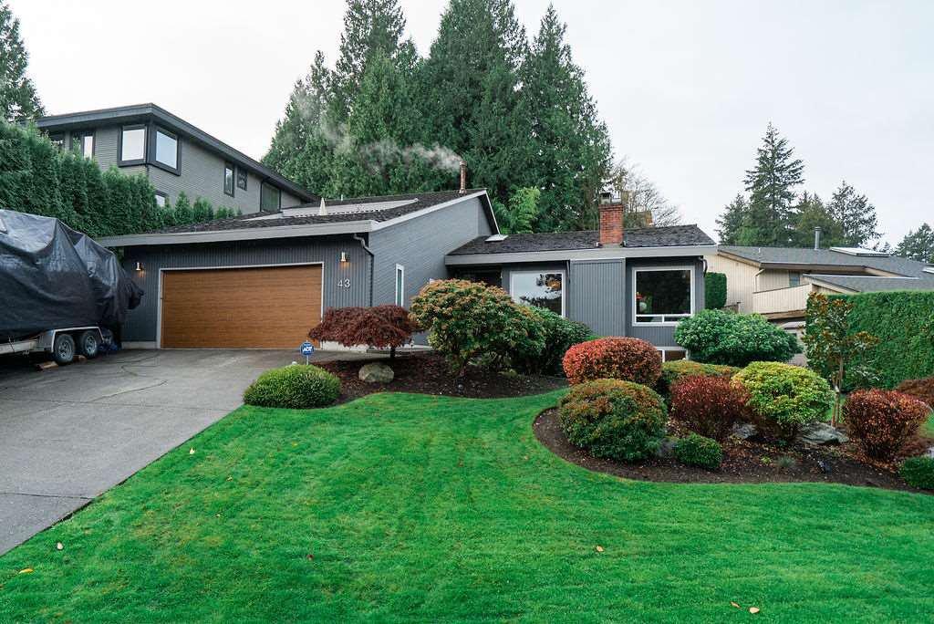 Main Photo: 43 WOODLAND Drive in Delta: Tsawwassen East House for sale (Tsawwassen)  : MLS®# R2516716