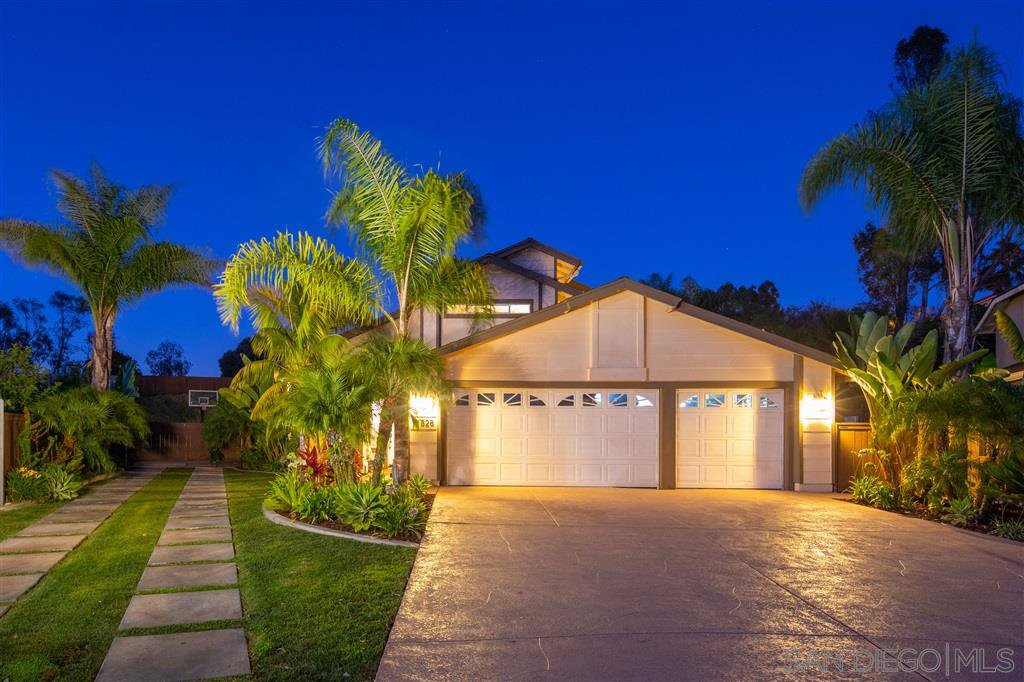 Main Photo: SCRIPPS RANCH House for sale : 5 bedrooms : 11828 Clearwood Ct in San Diego