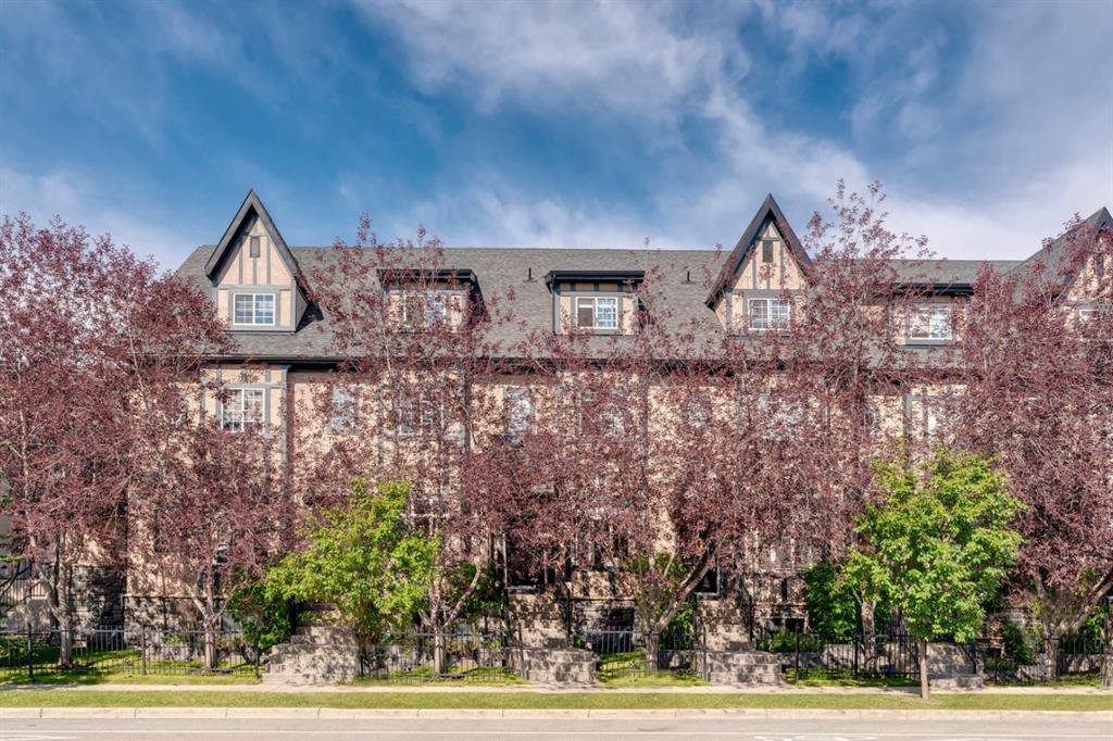 Main Photo: 16 6 SCARPE Drive SW in Calgary: Garrison Woods Row/Townhouse for sale : MLS®# A1023915