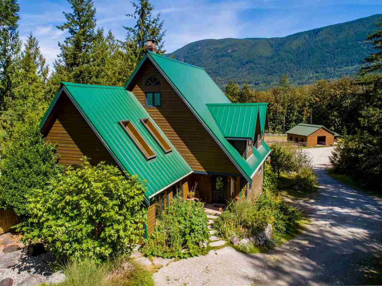 Main Photo: 5767 MT. DANIEL VIEW Road in Pender Harbour: Pender Harbour Egmont House for sale (Sunshine Coast)  : MLS®# R2493304