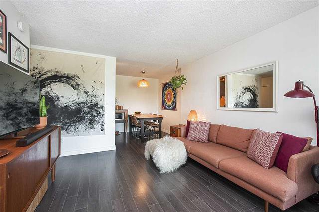 Main Photo: 303 1440 E Broadway Street in Vancouver: Grandview Woodland Condo for sale (Vancouver East)  : MLS®# R2494887