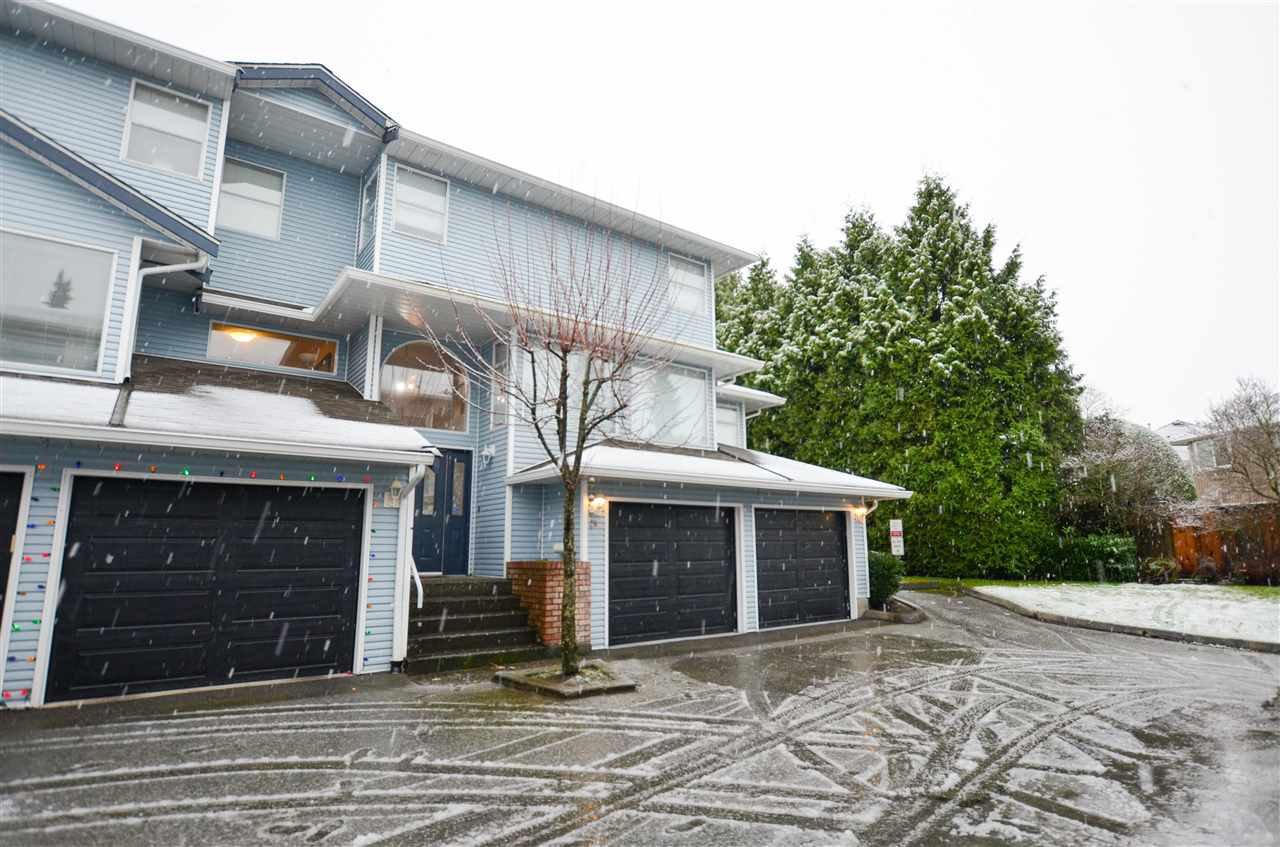 "Main Photo: 29 16363 85 Avenue in Surrey: Fleetwood Tynehead Townhouse for sale in ""Somerset Lane"" : MLS®# R2524951"