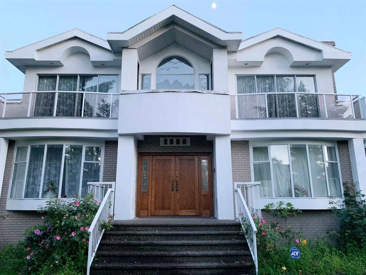 Main Photo: 1388 49TH AVENUE in Vancouver: South Granville House for sale (Vancouver West)  : MLS®# R2379376