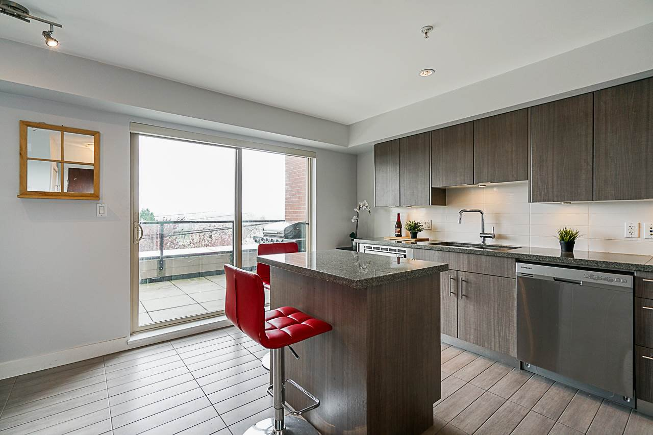 "Main Photo: 102 5688 HASTINGS Street in Burnaby: Capitol Hill BN Condo for sale in ""Oro"" (Burnaby North)  : MLS®# R2463254"