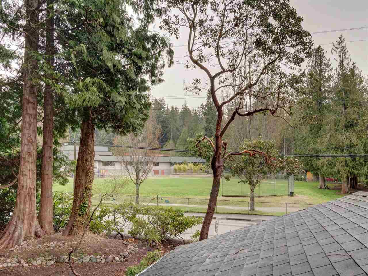 Photo 19: Photos: 1085 ROBERTS CREEK Road: Roberts Creek House for sale (Sunshine Coast)  : MLS®# R2392415