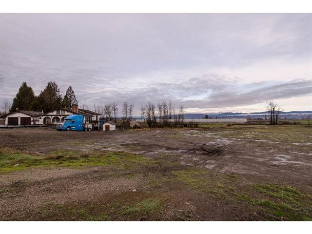 Main Photo: 32947 Clayburn Road in Abbotsford: House for sale