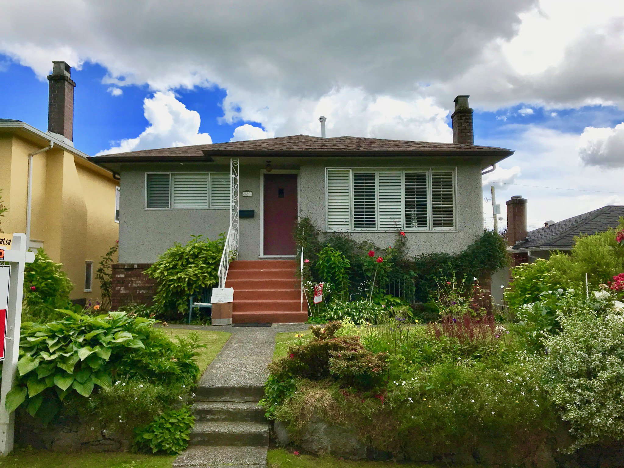 Main Photo: 2656 WAVERLEY AVENUE in Vancouver: Killarney VE House for sale (Vancouver East)  : MLS®# R2247703