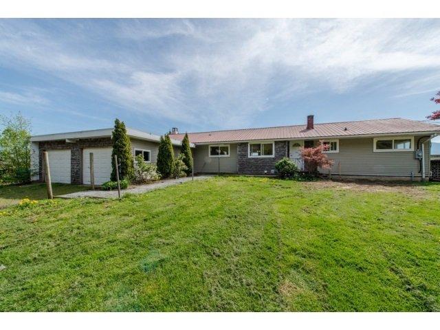 Main Photo: 43520 YALE Road in Sardis - Greendale: Greendale Chilliwack House for sale (Sardis)  : MLS®# R2423629