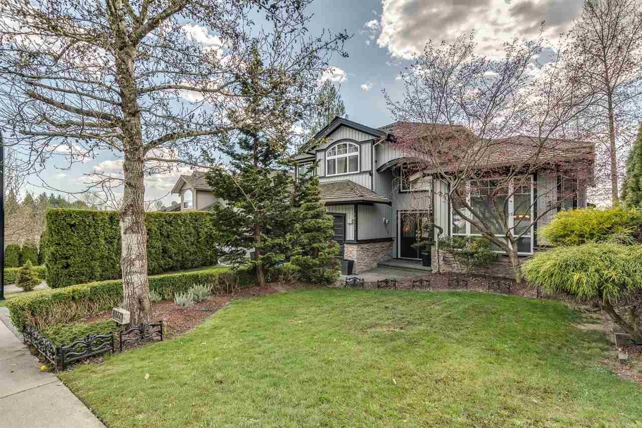 Main Photo: 10447 SLATFORD Street in Maple Ridge: Albion House for sale : MLS®# R2450904