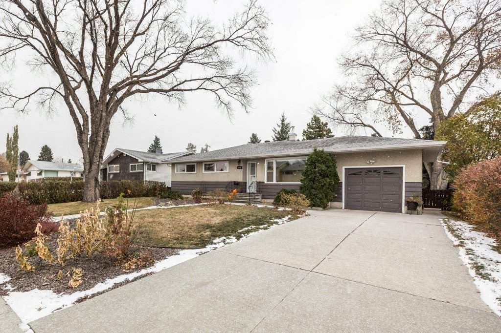 Main Photo: 9345 158 Street in Edmonton: Zone 22 House for sale : MLS®# E4219055