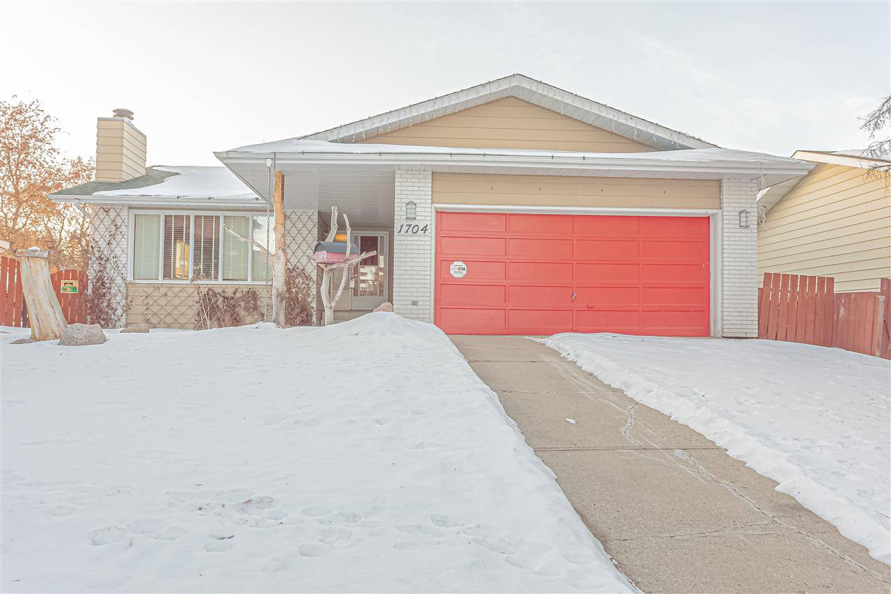 Main Photo: 1704 53 Street in Edmonton: Zone 29 House for sale : MLS®# E4225041