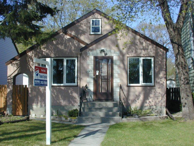 Main Photo: 142 Aubrey Street/ Wolseley in Winnipeg: West End / Wolseley House/Single Family for sale (Wolseley)  : MLS®# 2605784