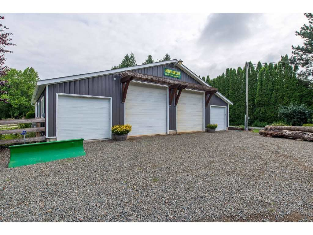 Photo 15: Photos: 6209 HOLLY Road: Agassiz House for sale : MLS®# R2388475