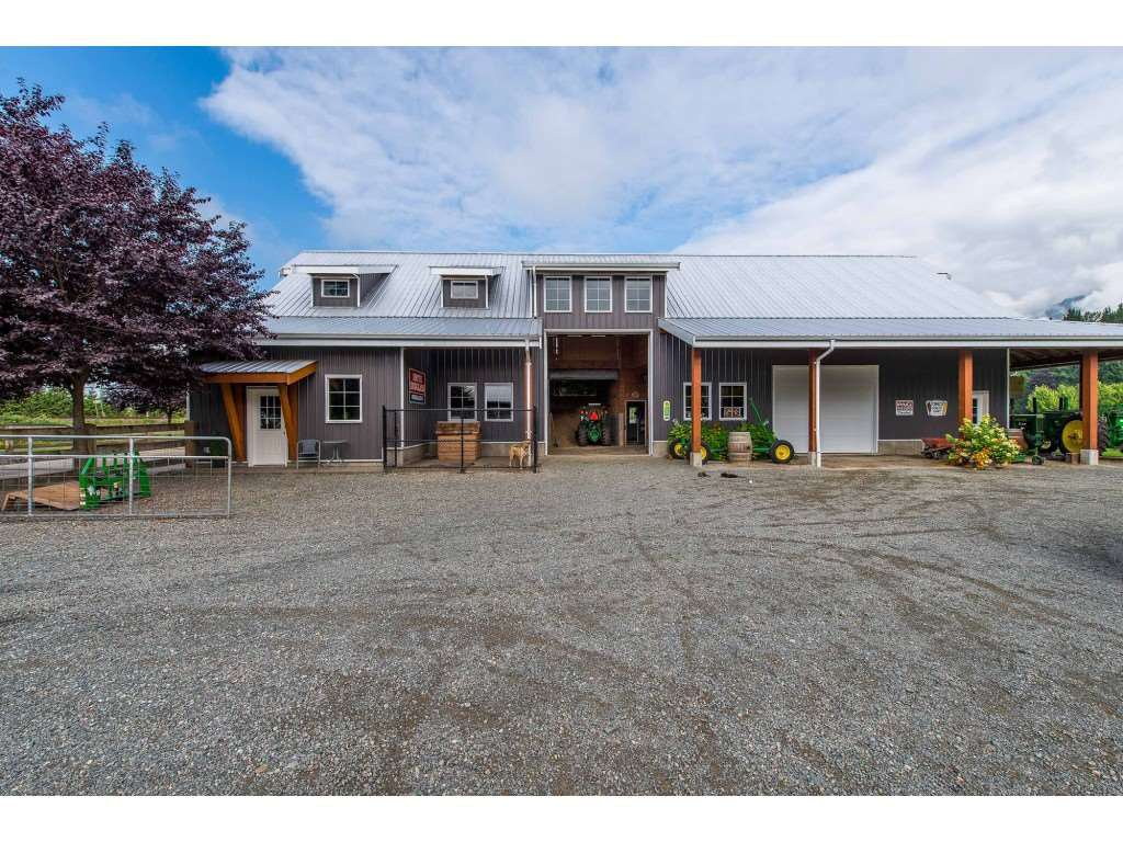 Photo 19: Photos: 6209 HOLLY Road: Agassiz House for sale : MLS®# R2388475