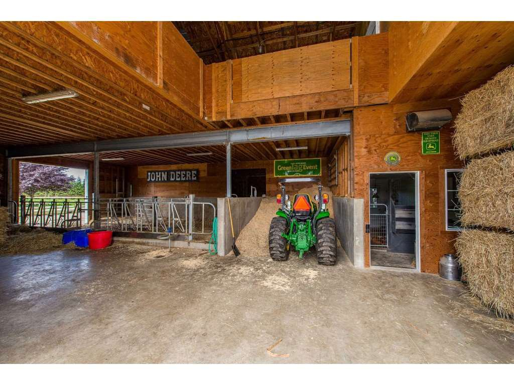 Photo 17: Photos: 6209 HOLLY Road: Agassiz House for sale : MLS®# R2388475