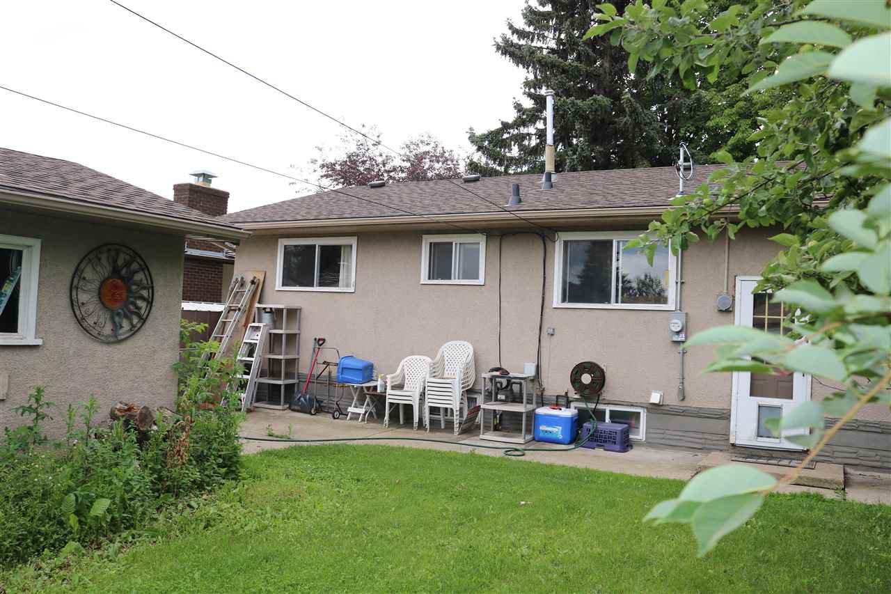 Main Photo: 4628 103 Avenue in Edmonton: Zone 19 House for sale : MLS®# E4166694