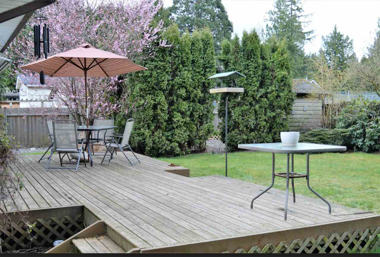 Photo 11: Photos: 20060 45 Avenue in Langley: Langley City House for sale : MLS®# R2448223