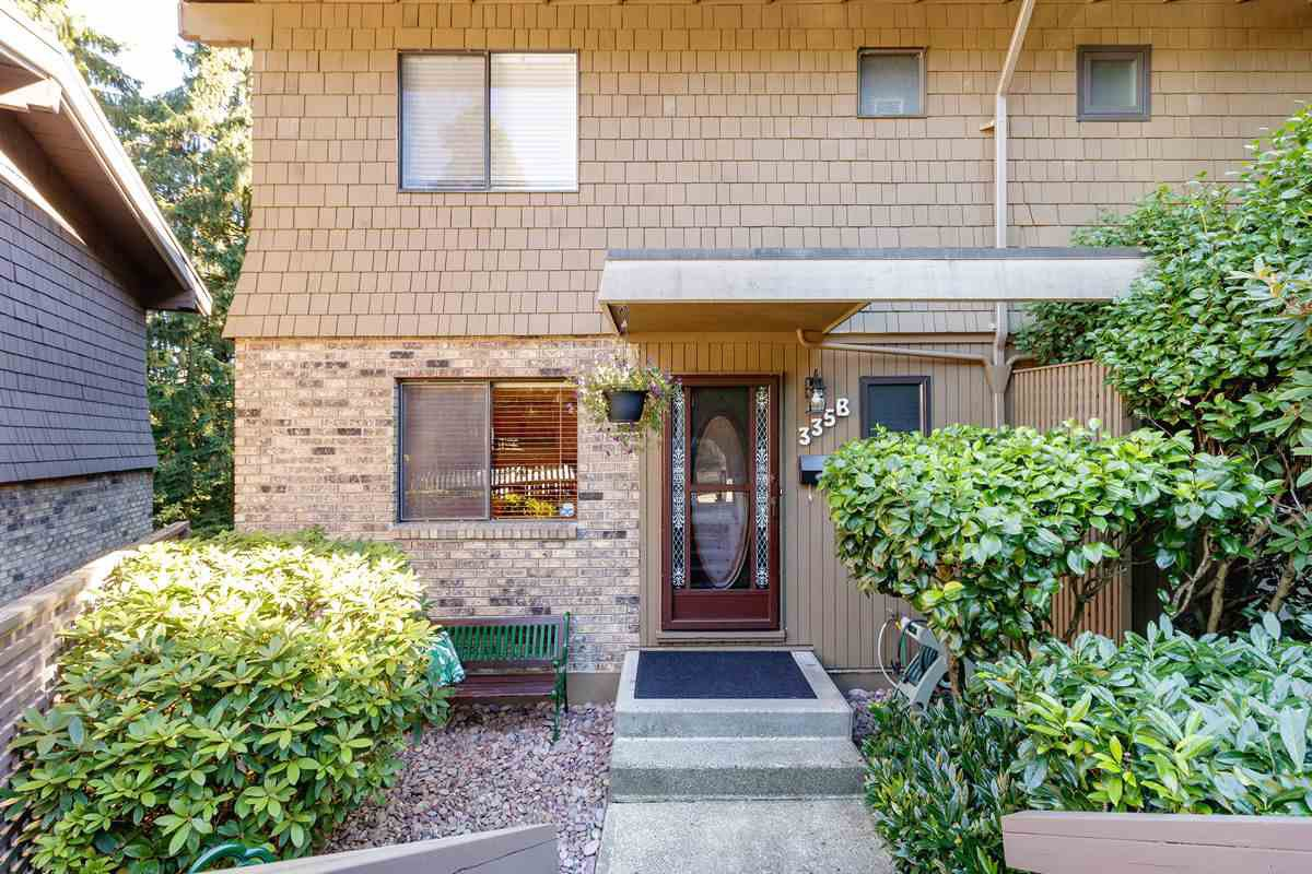 "Main Photo: 335B EVERGREEN Drive in Port Moody: College Park PM Townhouse for sale in ""THE EVERGREENS"" : MLS®# R2496384"