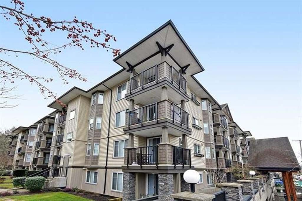 "Main Photo: 312 5488 198 Street in Langley: Langley City Condo for sale in ""Brooklyn Wynd"" : MLS®# R2501188"