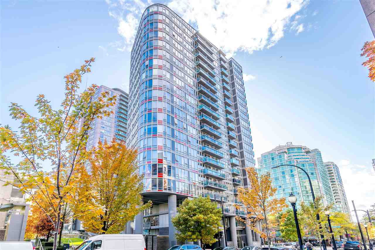 "Main Photo: 308 788 HAMILTON Street in Vancouver: Downtown VW Condo for sale in ""TV Towers"" (Vancouver West)  : MLS®# R2514915"