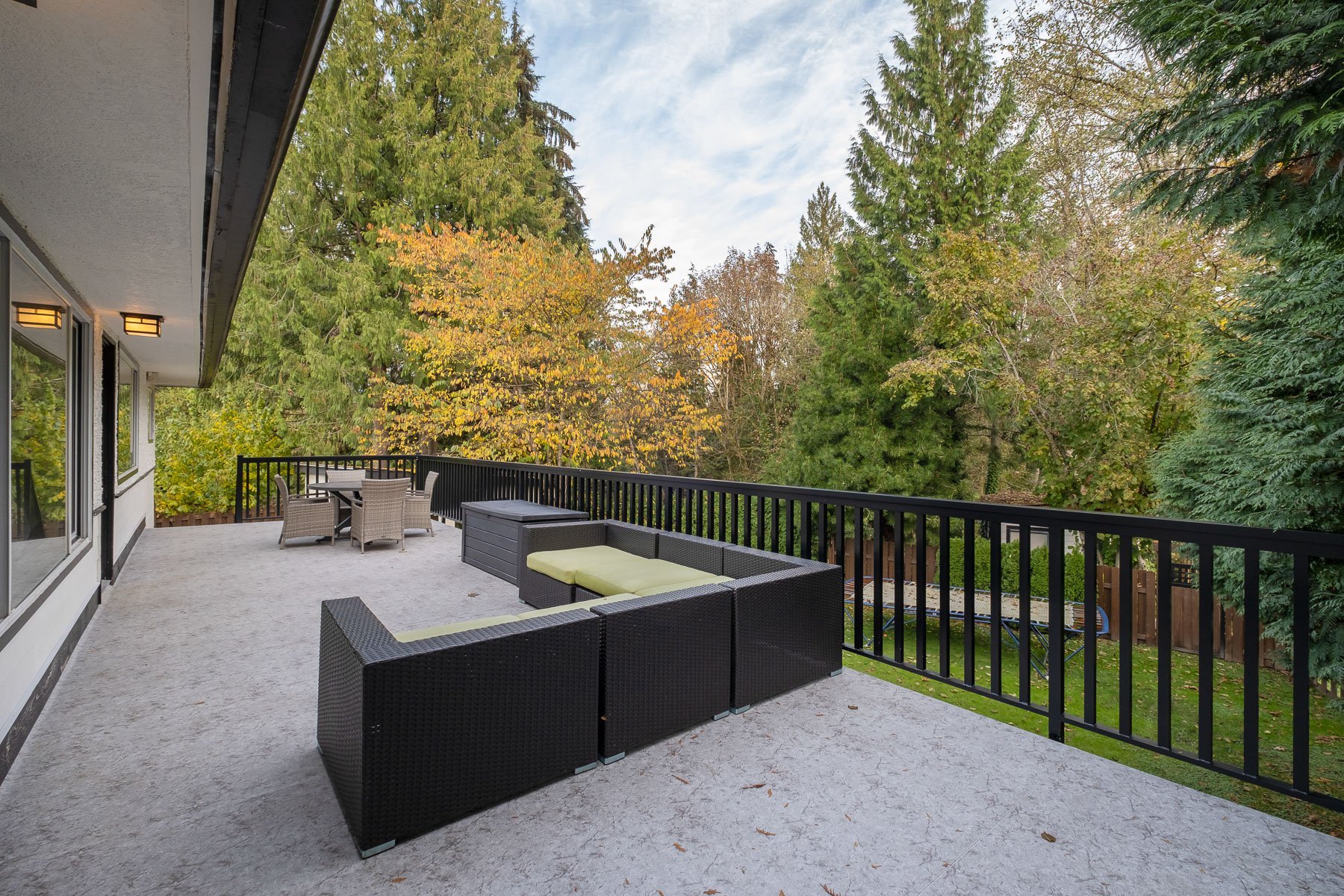 Photo 14: Photos: 1563 MARINE Crescent in Coquitlam: Harbour Place House for sale : MLS®# R2516102