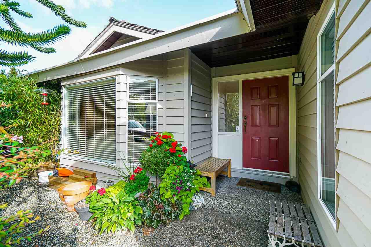 "Main Photo: 15405 93 Avenue in Surrey: Fleetwood Tynehead House for sale in ""Berkshire Park"" : MLS®# R2400475"