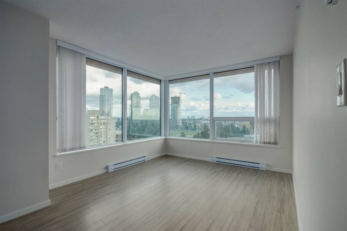 Main Photo: 1709 6658 DOW Avenue in Burnaby: Metrotown Condo for sale (Burnaby South)  : MLS®# R2495288