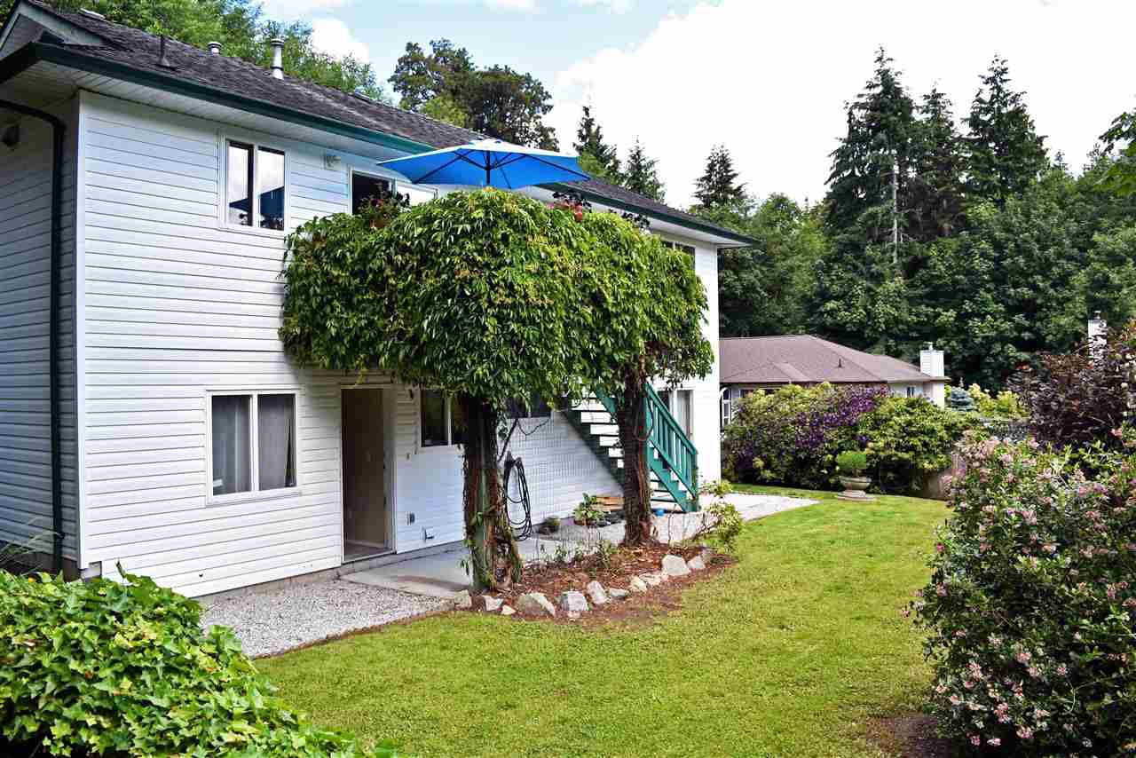 Photo 18: Photos: 5834 REEF Road in Sechelt: Sechelt District House for sale (Sunshine Coast)  : MLS®# R2442223
