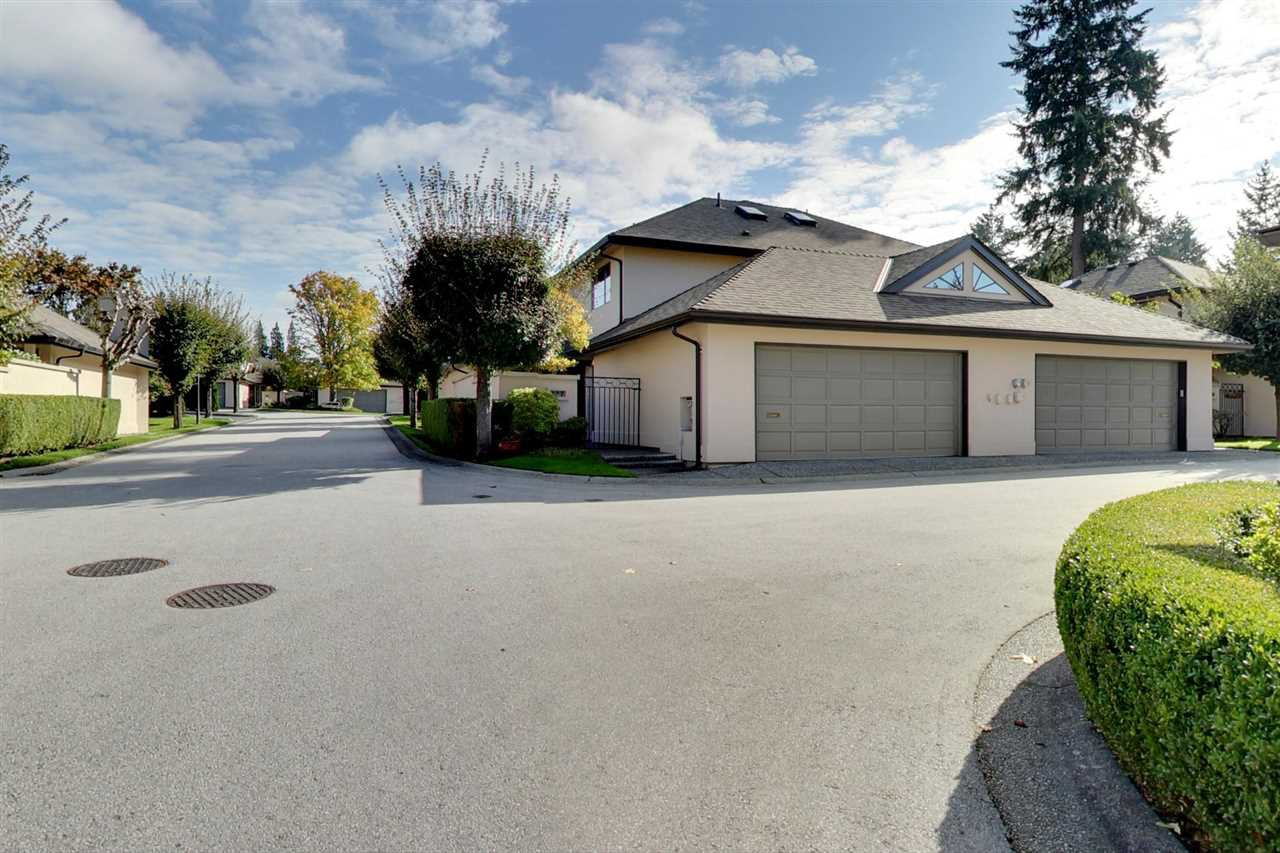 """Main Photo: 127 1770 128 Street in Surrey: Crescent Bch Ocean Pk. Townhouse for sale in """"Palisades"""" (South Surrey White Rock)  : MLS®# R2466324"""