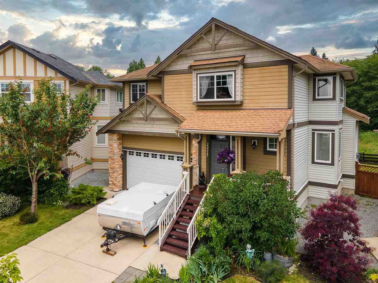 Main Photo: 23317 GRIFFEN Road in Maple Ridge: Cottonwood MR House for sale : MLS®# R2469480