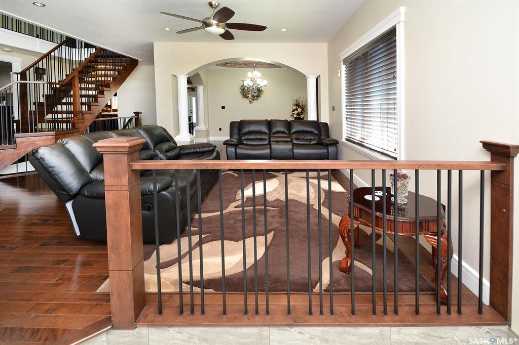 Photo 7: Photos: 650 Hastings Crescent in Saskatoon: Rosewood Residential for sale : MLS®# SK817171