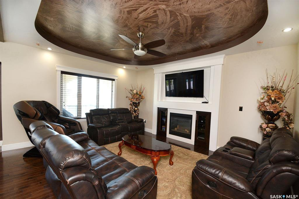 Photo 14: Photos: 650 Hastings Crescent in Saskatoon: Rosewood Residential for sale : MLS®# SK817171