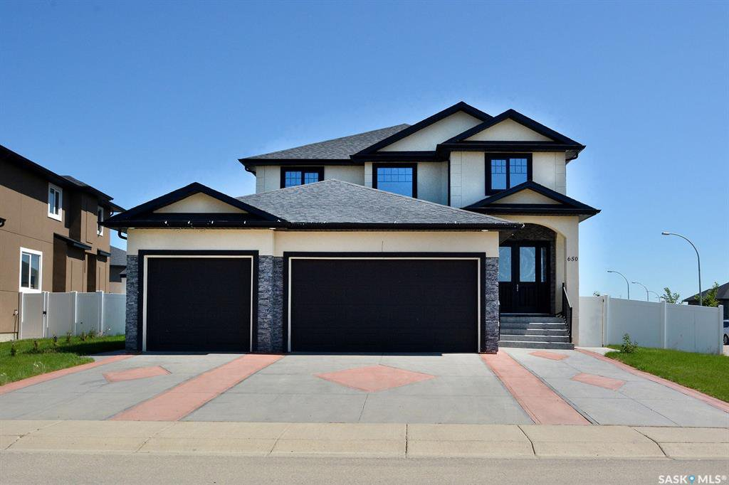 Photo 2: Photos: 650 Hastings Crescent in Saskatoon: Rosewood Residential for sale : MLS®# SK817171