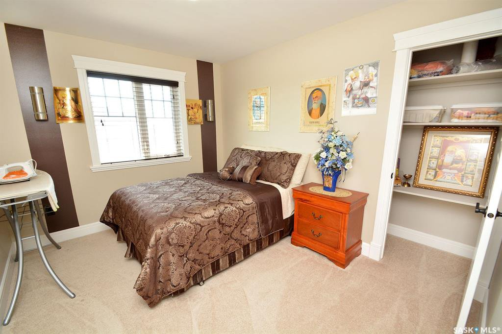 Photo 33: Photos: 650 Hastings Crescent in Saskatoon: Rosewood Residential for sale : MLS®# SK817171