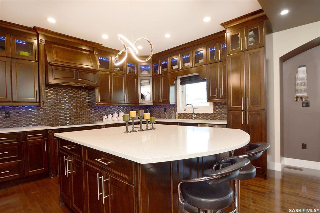 Photo 16: Photos: 650 Hastings Crescent in Saskatoon: Rosewood Residential for sale : MLS®# SK817171