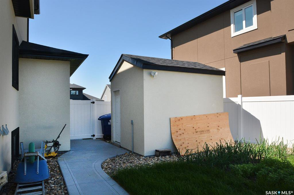 Photo 50: Photos: 650 Hastings Crescent in Saskatoon: Rosewood Residential for sale : MLS®# SK817171