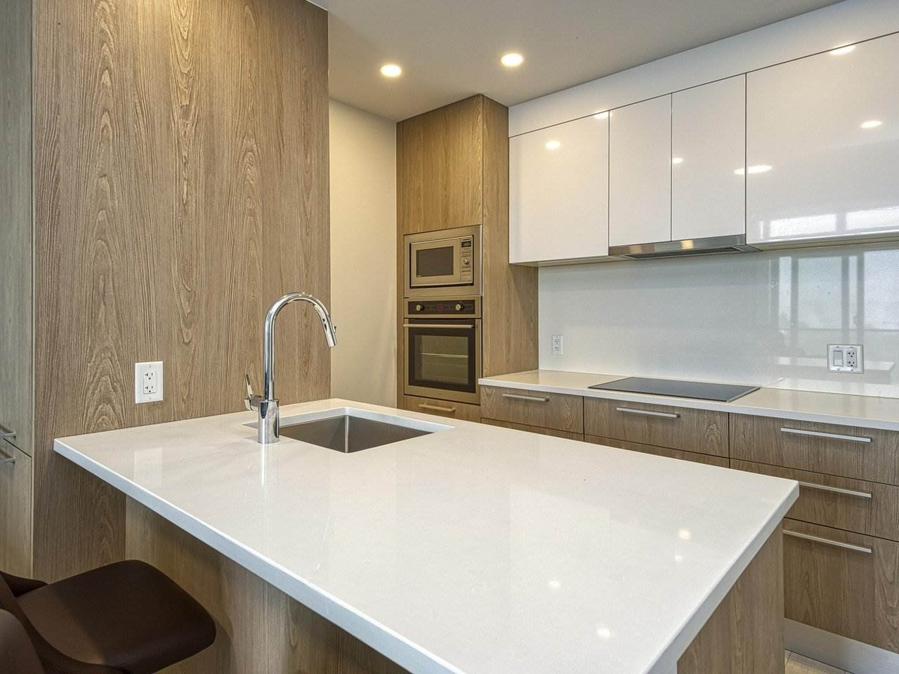 Main Photo: 507 2508 Watson Street in Vancouver: Mount Pleasant VE Condo for sale (Vancouver East)  : MLS®# R2498711