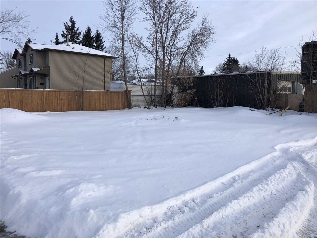 Main Photo: 12703 118 Street in Edmonton: Zone 01 Vacant Lot for sale : MLS®# E4169082